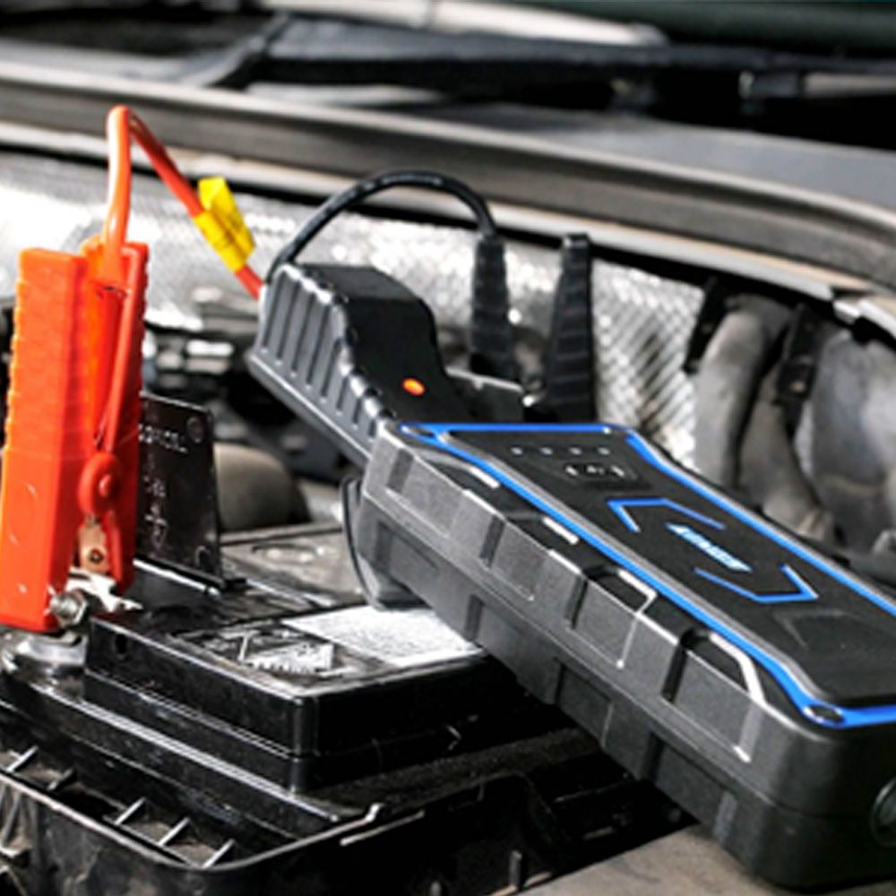 3 different charging options in 1 Jump Starter
