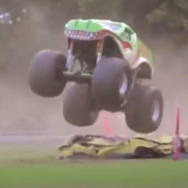Thumper Air Compressor vs Monster Truck Tyres