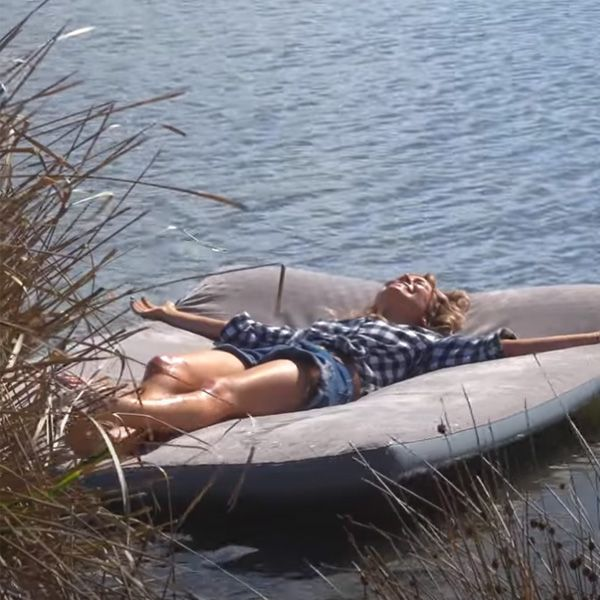 Reckon your camping mattress could float?