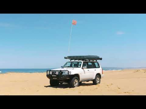Kings 3m Sand Safety Flag Features